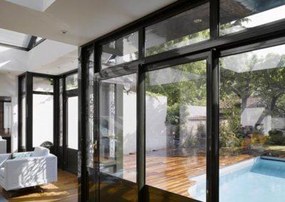 un-jardinet-transfigure-par-la-villa-veranda-5