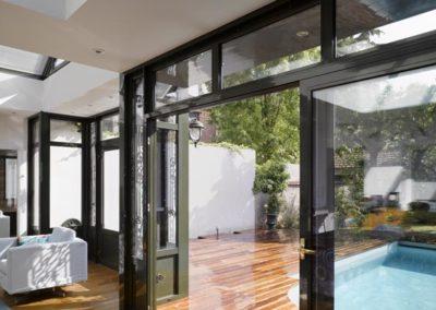 un-jardinet-transfigure-par-la-villa-veranda-6