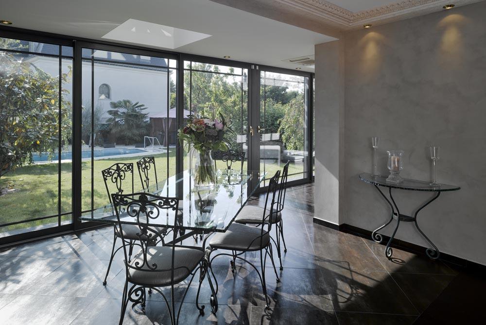 un pavillon le de france totalement modernis les v randas du golf. Black Bedroom Furniture Sets. Home Design Ideas