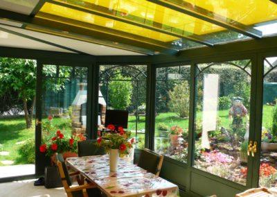 une-veranda-au-milieu-d-un-jardin-de-rocaille-4