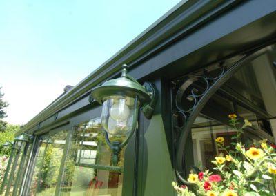 une-veranda-au-ras-du-jardin-5