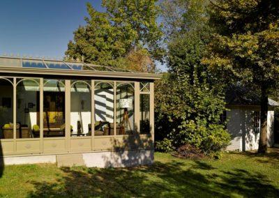 une-veranda-qui-avance-dans-le-jardin-5