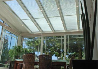 une-veranda-qui-couvre-une-large-terrasse-5