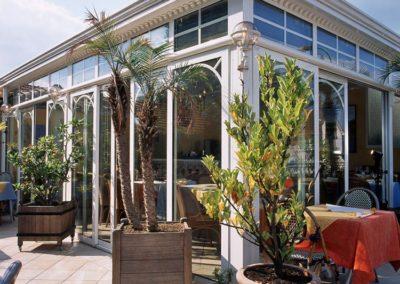 une-veranda-sur-le-toit-d-un-restaurant-4