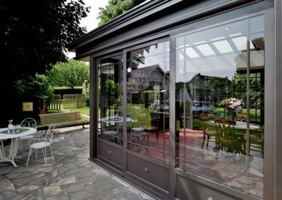une-villa-veranda-en-avancee-sur-une-terrasse-4