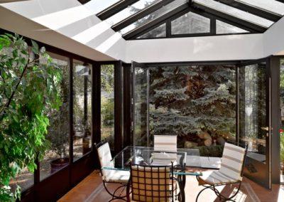 une-villa-veranda-sur-un-pavillon-en-meulieres-4