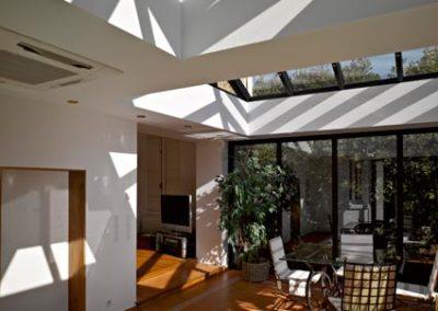 une-villa-veranda-sur-un-pavillon-en-meulieres-6